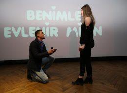 İstanbul Sinemada Evlilik Teklifi Organizasyonu ve Evlenme Teklifi Anı