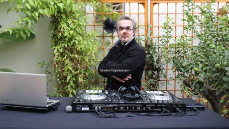 Cadılar Bayramı Partisi DJ Kiralama ve Profesyonel DJ Performansı İstanbul Organizasyon