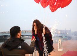 Kırmızı Kalpli Uçan Balonlarla Evlenme Teklifi Organizasyonu İstanbul