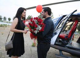 Çiçek Buketleriyle Helikopterde Evlenme Teklifi Organizasyonu İstanbul