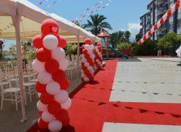 Dikme Balon Süsleme ve Kırmızı Halı Kiralama Antalya