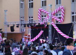 Lise Mezuniyet Organizasyonu Özel Tasarım Balon Süsleme İstanbul Organizasyon