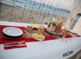 Masa Süsleme ve Kumsalda Evlilik Teklifi Organizasyonu Beykoz