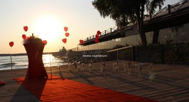 Kuşadası İskelede Evlilik Teklifi Organizasyonu İstanbul Organizasyon