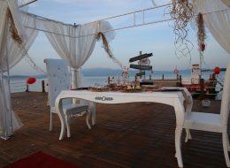 Evlenme Teklifi Organizasyonu Sandalye Temini ve Gazebo Süsleme İstanbul Organizasyon