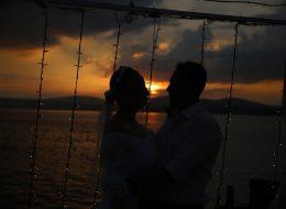 Gün Batımında İstanbul İskelede Evlilik Teklifi Organizasyonu