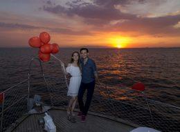 Gün Batımında Teknede Evlilik Teklifi Organizasyonu