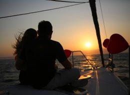 İzmir Teknede Romantik Evlilik Teklifi Organizasyonu