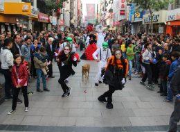Varyete Grubu Temini Tahta Bacak Gösterisi İstanbul Organizasyon